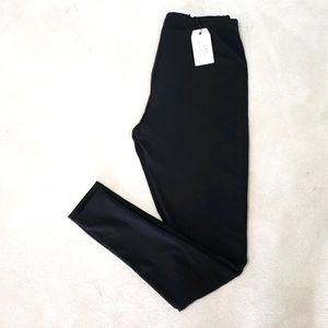 Sandwich Black NWT Large Leggings